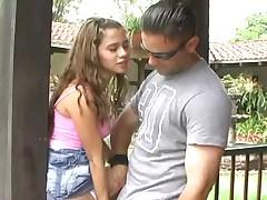 Молодая прекрасная бразильянка выебана в анал