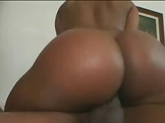 Ебля большезадой бразильянки