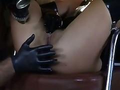 Странная парочка любит анальный секс с особыми изысками