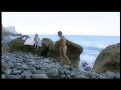 Блондинка. Секс на берегу моря